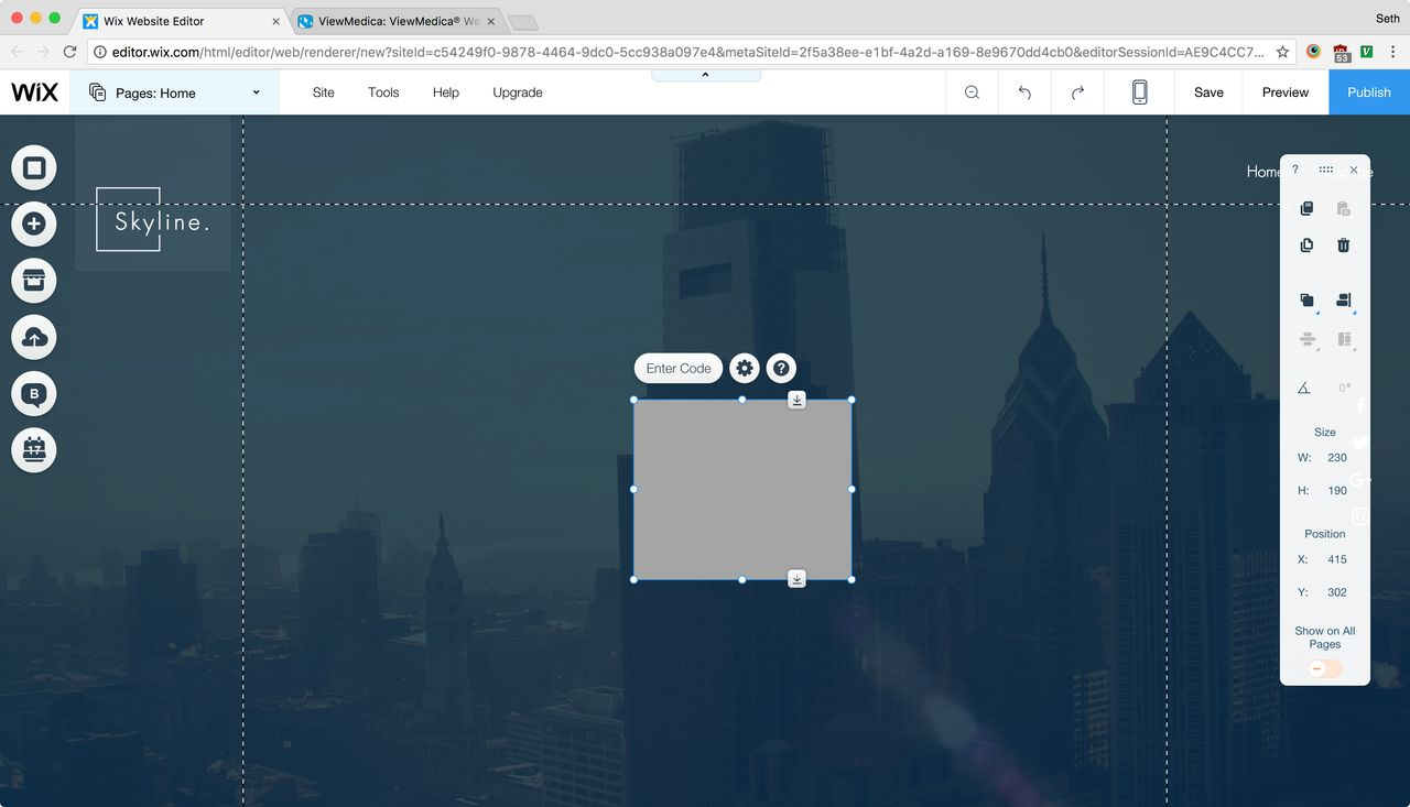 The HTML code widget has been added to the Wix website canvas.